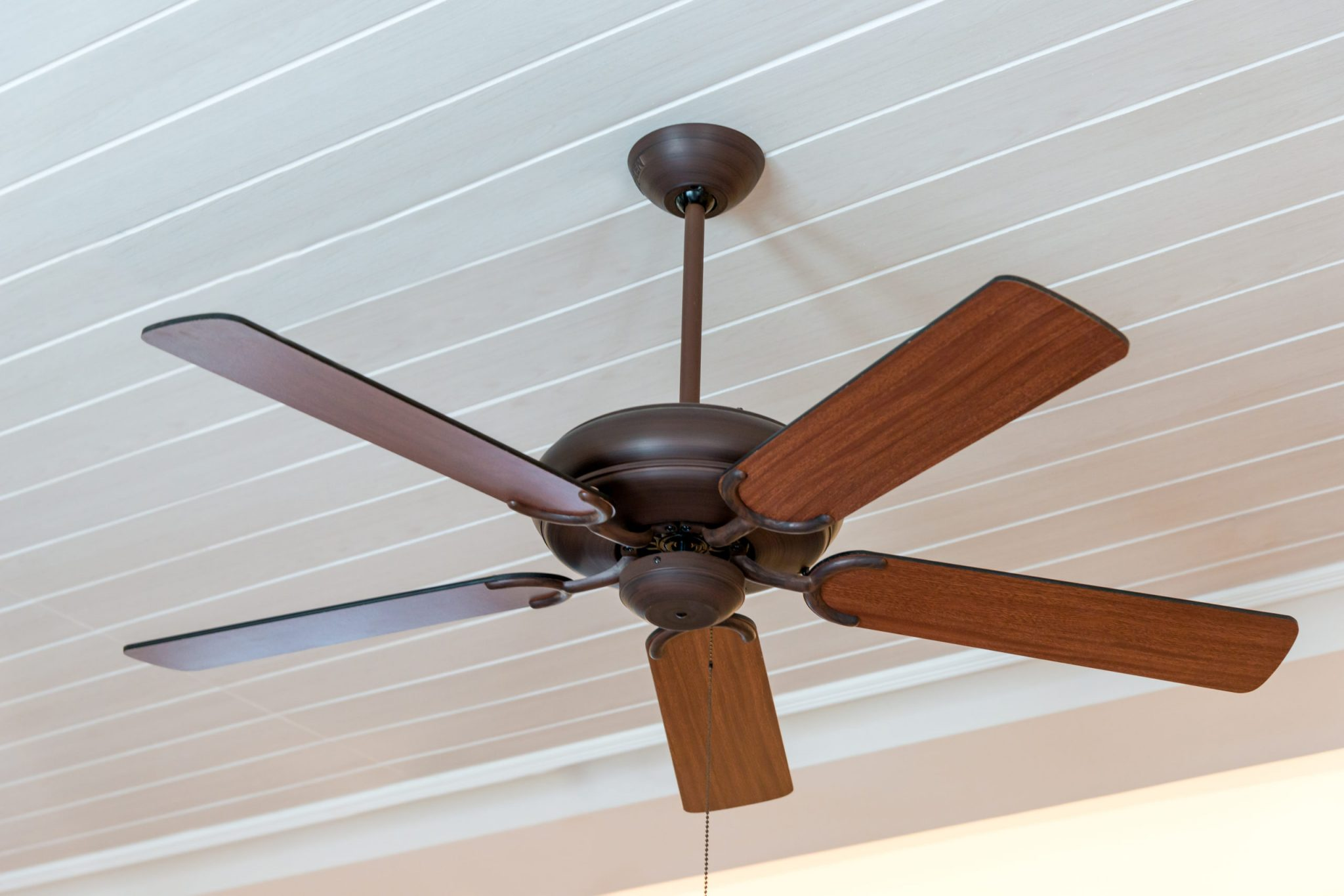 Adjust Correctly The Rotation Of Your Ceiling Fans